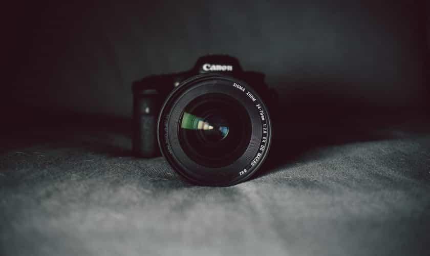 Digital Cameras Under $300